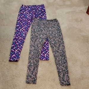 2 LuLaRoe One Size Leggings